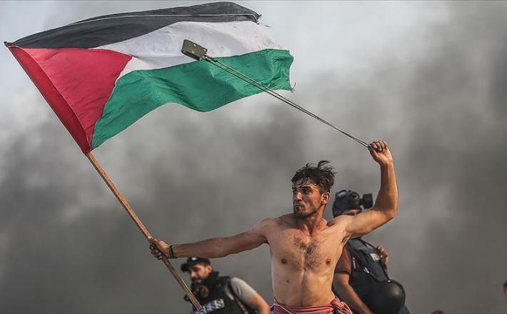Palestinec, protestnik  Vir: Twitter