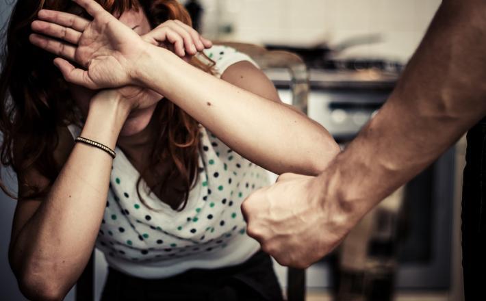 Nasilje nad ženskmi