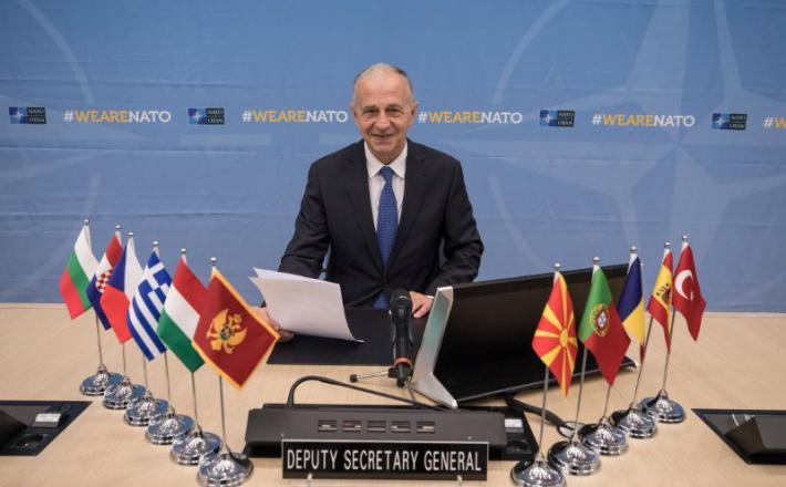 Podpis dogovora o šolanju pilotov zveze NATO