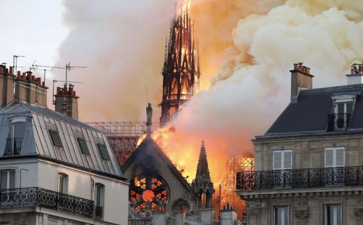 Notre Dame, požar   Vir: Twitter