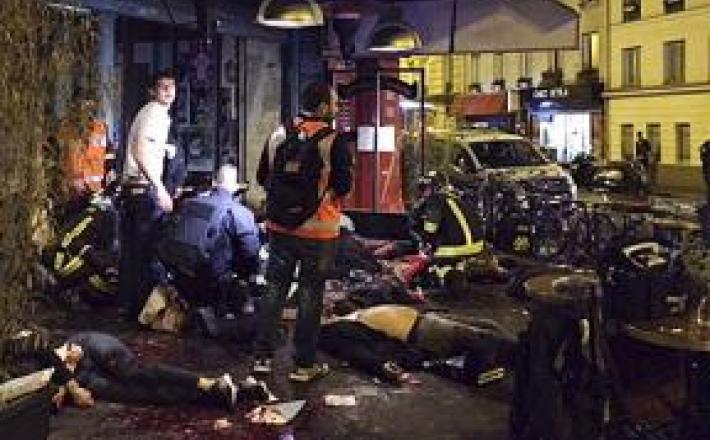 Napadi v Parizu - 2015