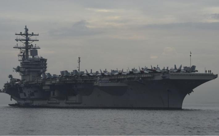 Letalonosilka Ronald Reagan     Vir:US Navy