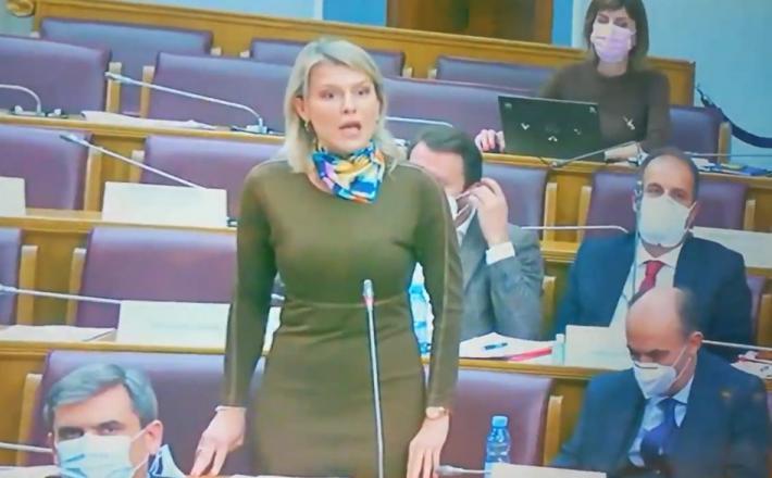 Poslanka SDP Črne gore
