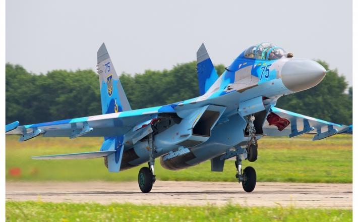 Su-27  Vir:Wikipedija