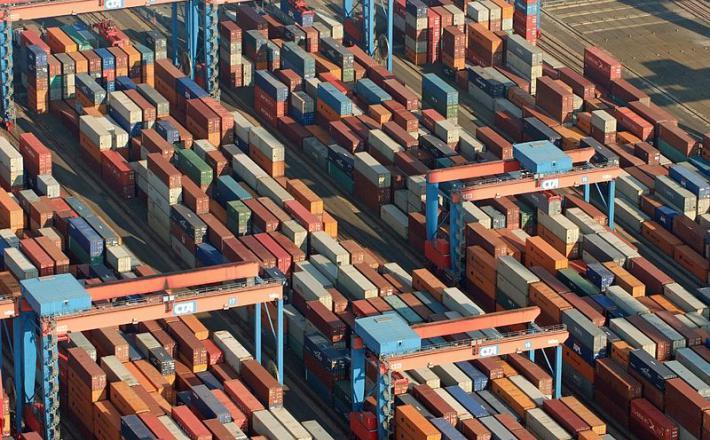 Tovor, pristanišče
