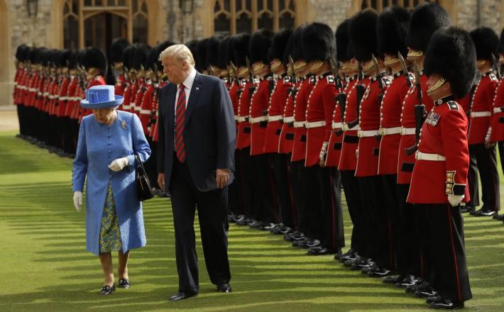 Donald Trump in kraljica Elizabeta II Vir: Pixell