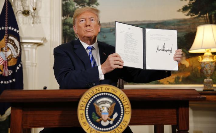 Trump - umik ZDA iz sporazuma z Iranom   Vir:Pixell