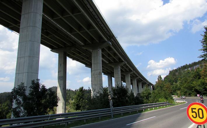 Viadukt Ravbarkomanda