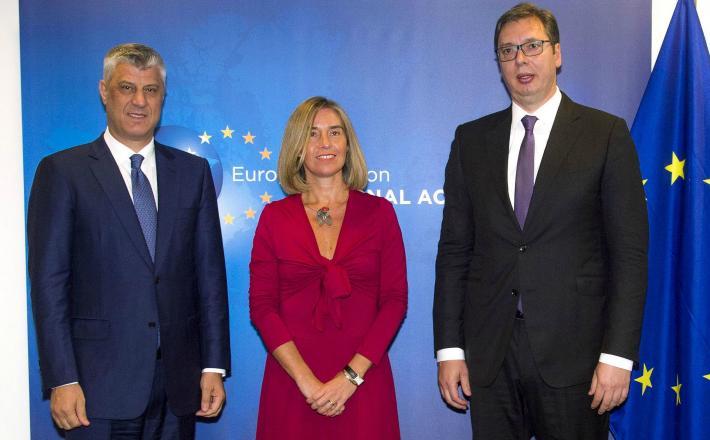 Predsednika Srbije in Kosova Vučić  in Thaci