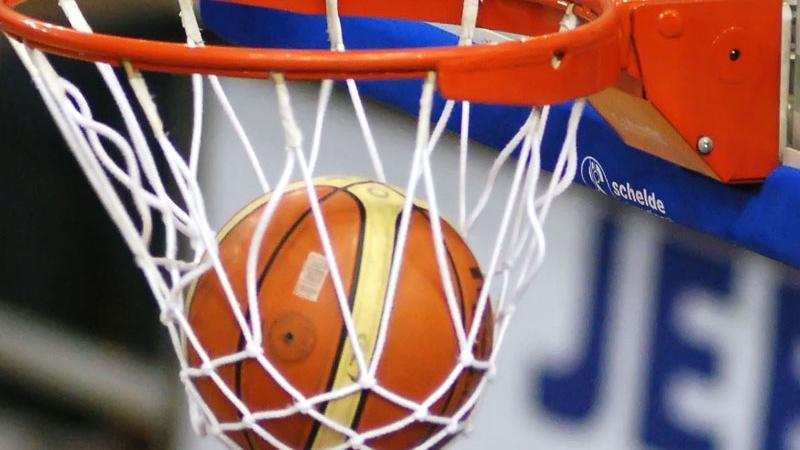 Srbi in Rusi zadnja polfinalista EP v košarki
