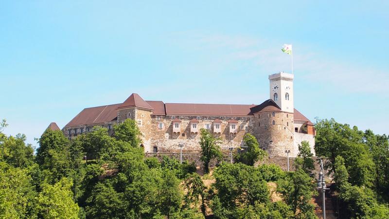 Na Ljubljanskem gradu milijonti obiskovalec mesec dni prej kot lani