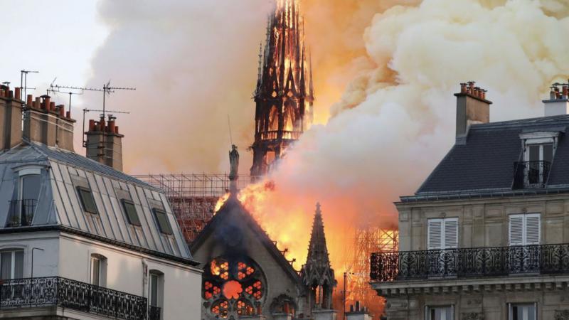 Notre Dame, požar   Vir:Twitter
