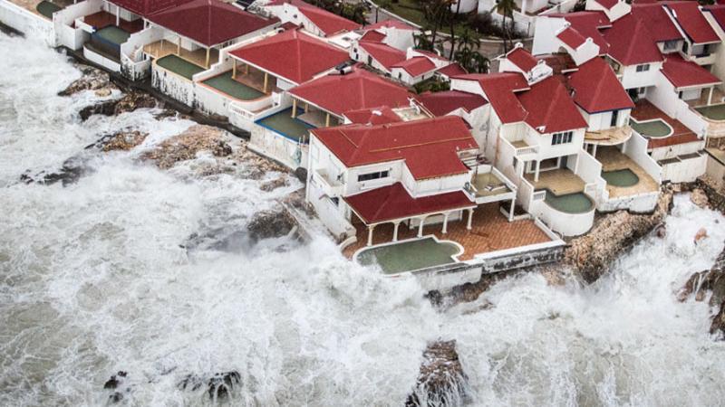 Oslabljena Irma pustošila po Floridi