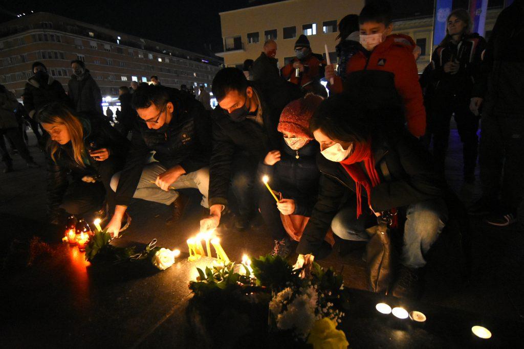 Sveče za Balaševića