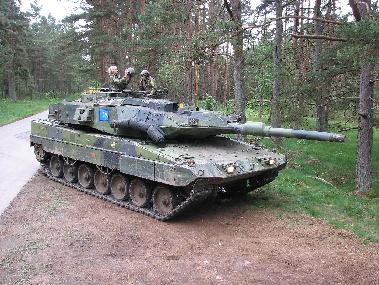 Švedski tank (nemške izdelave) Leopard 2