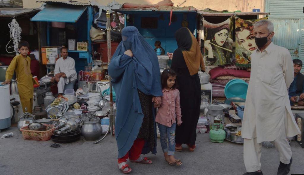 Tržnica v Kabulu  Vir:Twitter, RFE