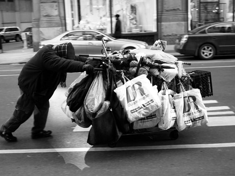 Brezdomec / New York