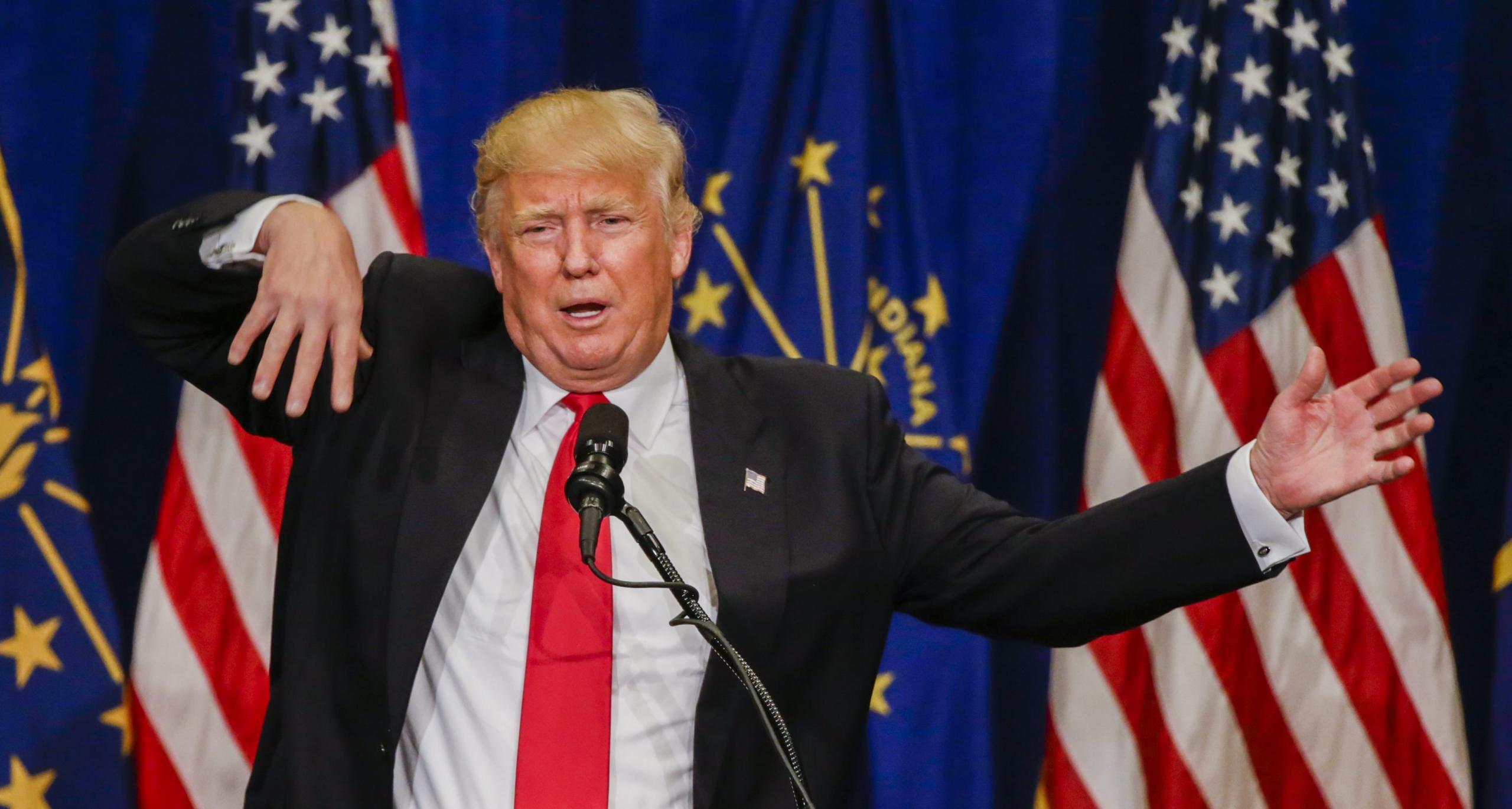 Trump oponaša telesno prizadeteto osebo