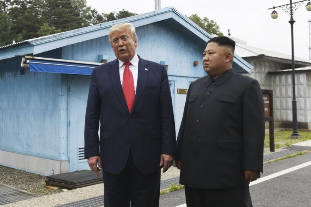 Kim Jong Un in Donald Trump v Severni Koreji Vir:AP