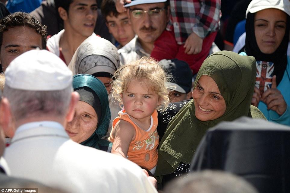 Papež - begunci iz Sirije