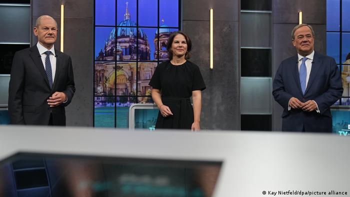 Olaf Sholz, Annalena Baerbock in Armin Laschet. Vir: Posnetek zaslona, Twitter