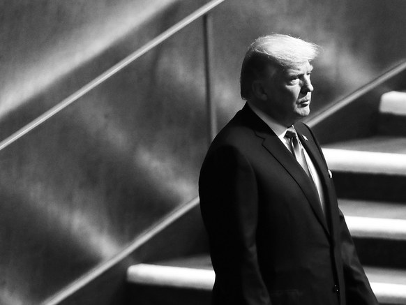 Donald Trump v OZN