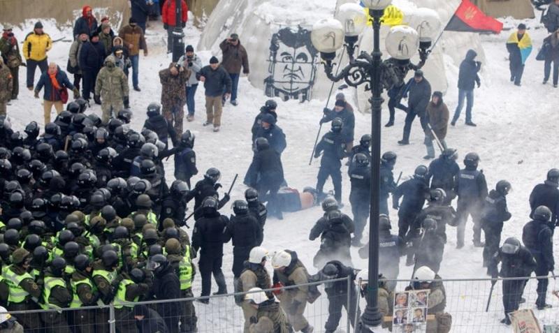 Ukrajina 2014: Med protesti je prišlo do pretepa med policijo in protestniki, foto: UNIAN