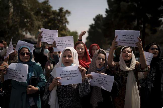Ženske demonstrirajo v Kabulu