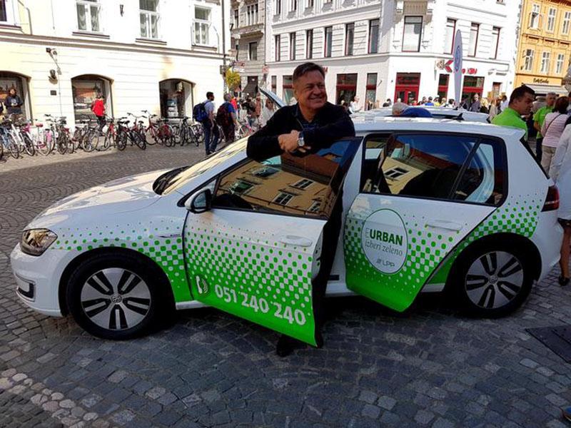 Zoran Jankovič in električni avto